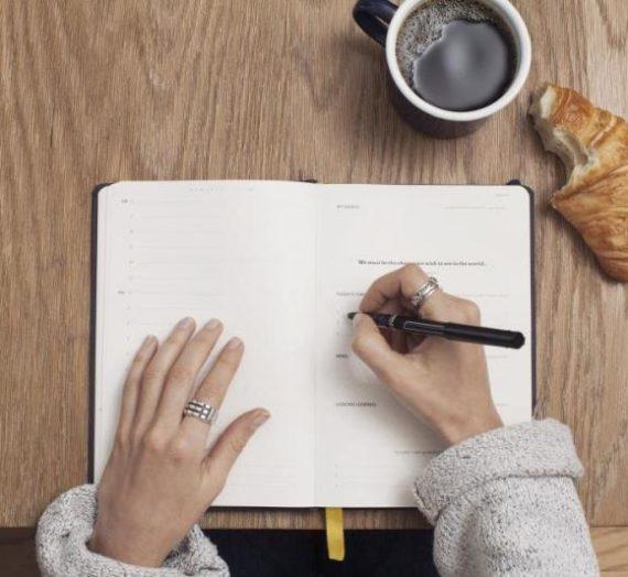 Tips Dalam Menulis Resensi Buku Yang Terbaik